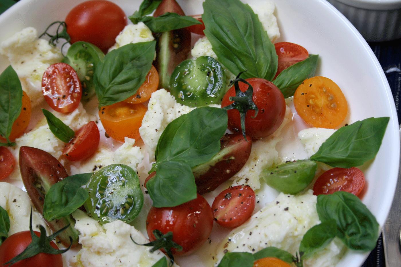 Uncomplicated Caprese Salad